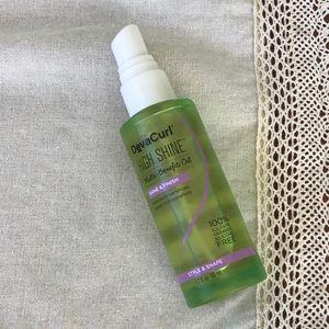 Devacurl high shine hair oil Sulfate free